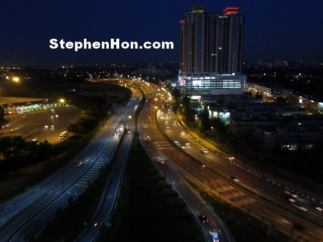 One City Skypark Nightview